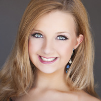 Teen Burnet.Head Shot.Maura Carroll